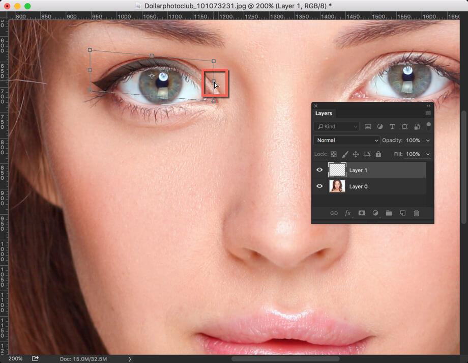 4 - Add Eyeliner in Photoshop