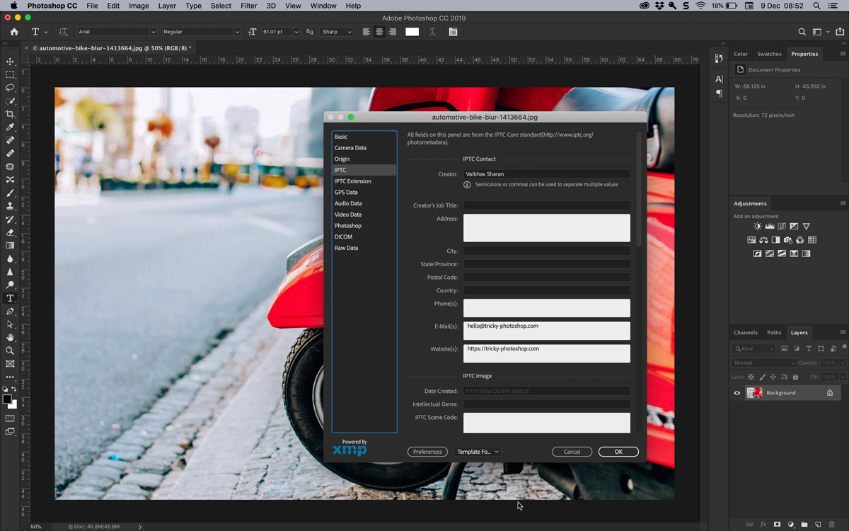 How to Add Copyright and Contact Info to a Photo in Photoshop