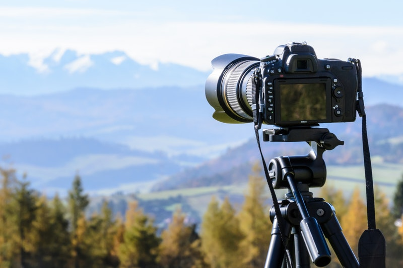 6 Tips To Choosing the Best Travel Camera