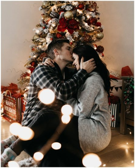 Alayna and Gavin, Christmas In-Home Session.jpg